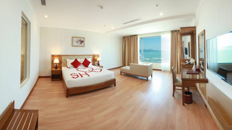 Serene Hotel Da Nang - Ocean View (3)